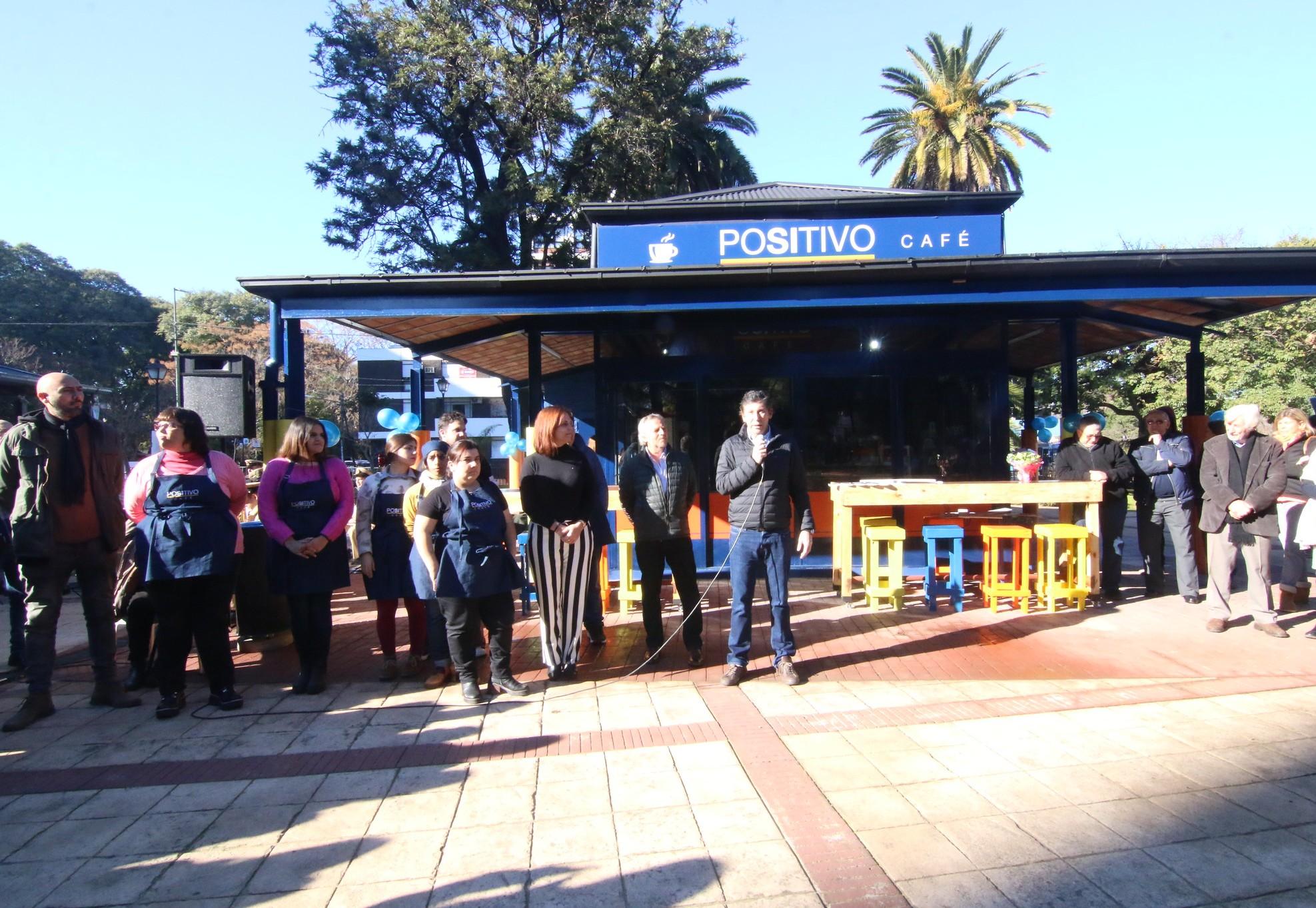 San Isidro abrió un bar inclusivo atendido por personas con discapacidad