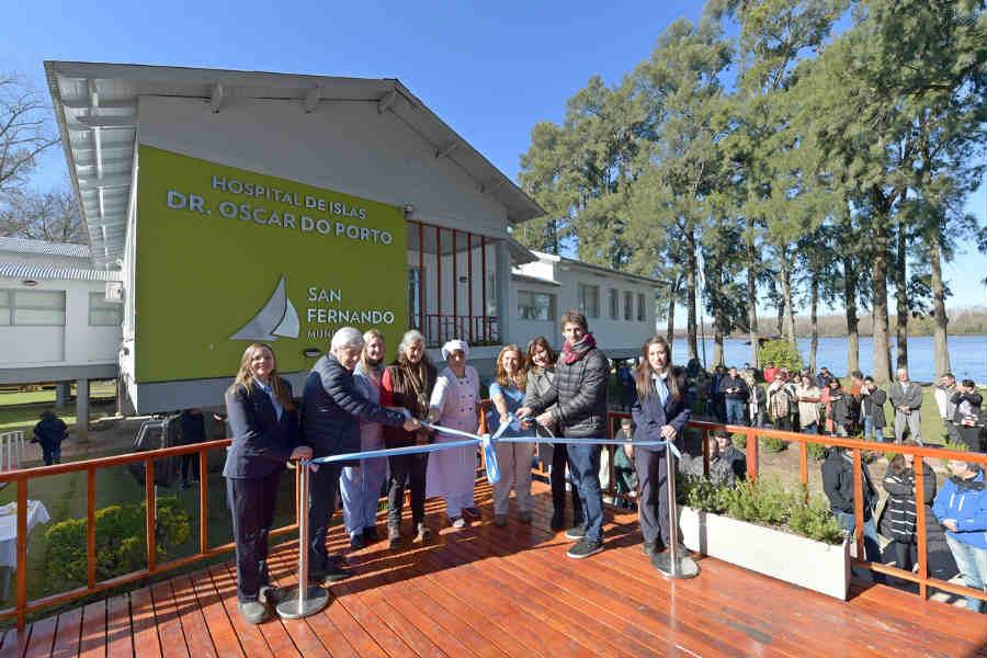 "Andreotti inauguró el renovado Hospital de Islas ""Do Porto"""