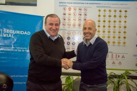 Firma de convenio entre Pilar y la Agencia Nacional de Seguridad Vial