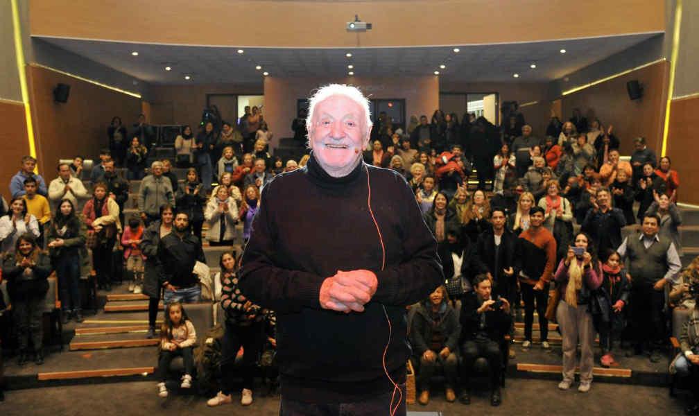 Cientos de vecinos de Tigre en segunda noche de función del Teatro Municipal