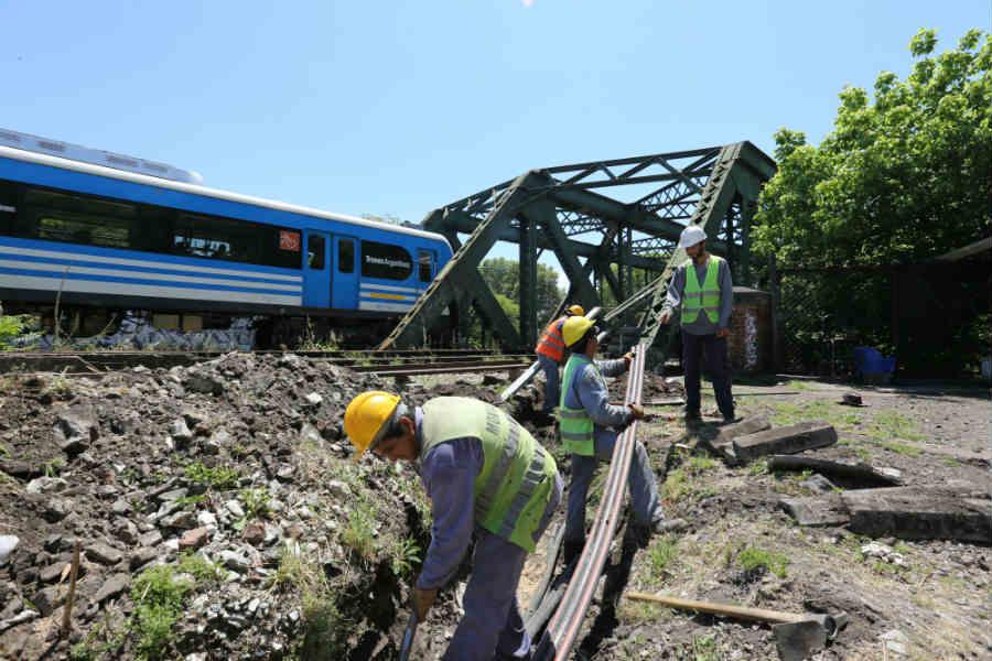 Trenes Argentinos convoca a empresas de telecomunicaciones para invertir en obras sobre los terrenos ferroviarios