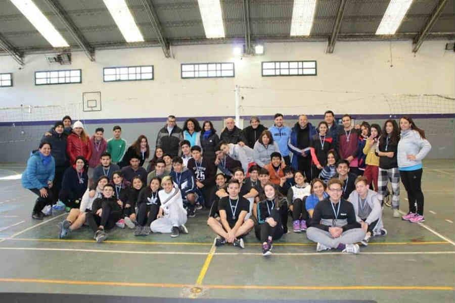 Jóvenes de las Escuelas Técnicas de Tigre disfrutaron de un encuentro de vóley