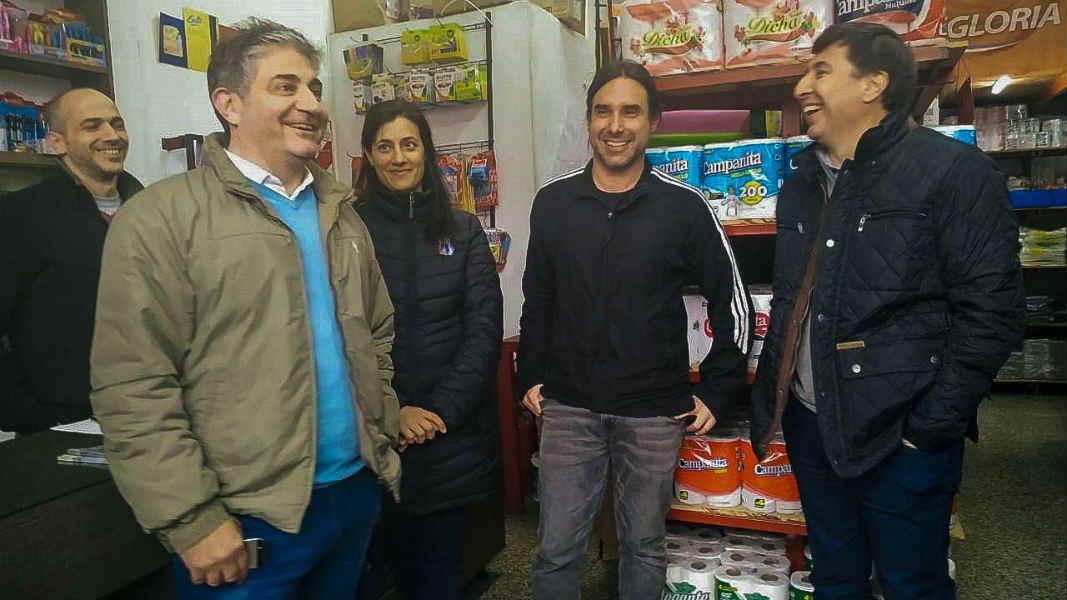 Daniel arroyo recorrió Vicente López junto a Lorenzo Beccaria y Sofía Vannelli