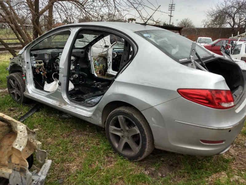 La Policía incautó autopartes de alta gama y vehículos robados en González Catán