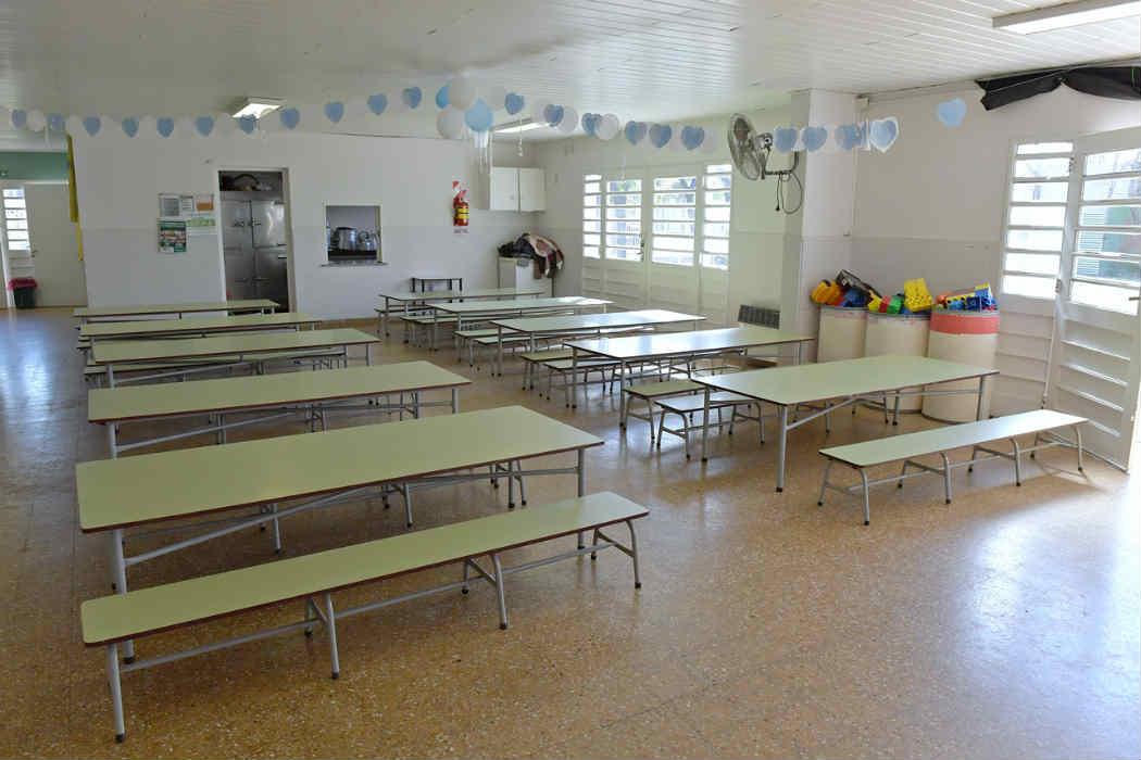 San Fernando entregó mobiliario para acondicionar el Jardín Provincial N° 910