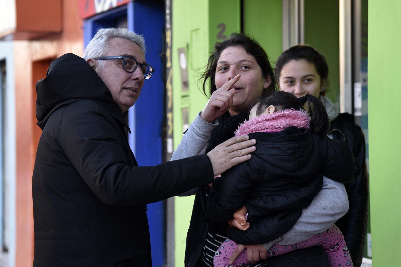 Julio Zamora recorrió las calles de La Paloma y dialogó con los vecinos