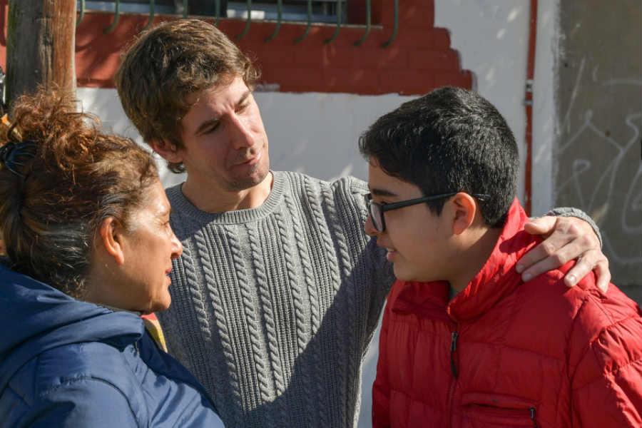 Juan Andreotti recorrió el centro de Virreyes y dialogó con los vecinos