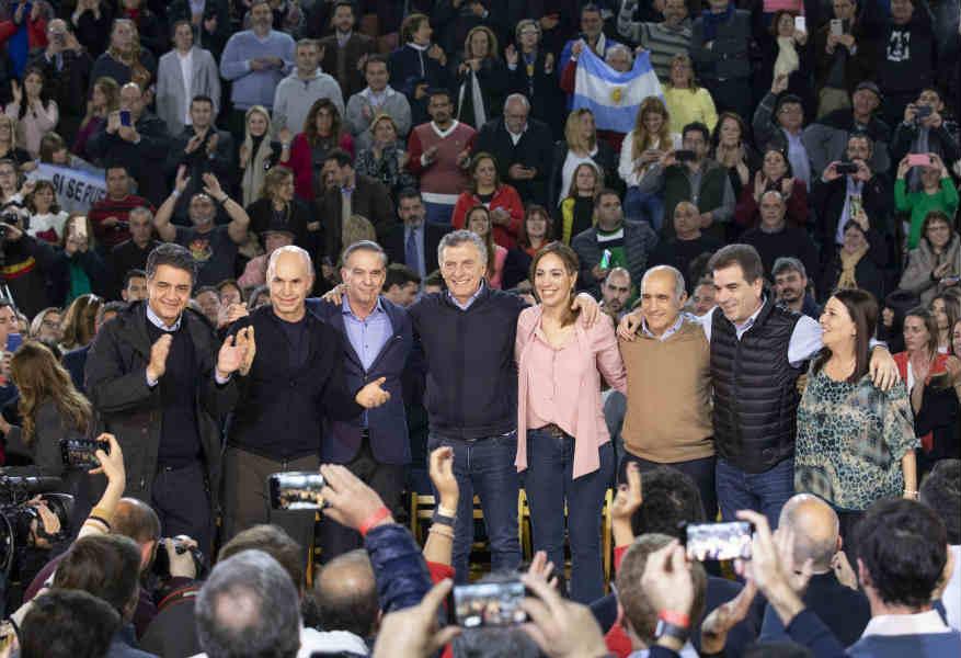 """Macri cerró la campaña en Vicente López y pidió a los bonaerenses que lo voten y que """"no se pierdan a Vidal"""""""