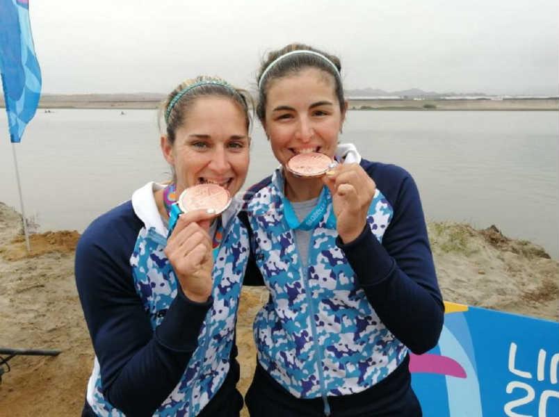 La dupla Kraljev y Oriana Ortiz hizo historia al obtener la medalla de bronce en la final A de W2x doble par de remos cortos