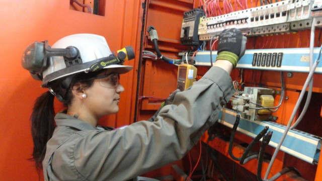 Taller gratuito de electricidad en Vicente López
