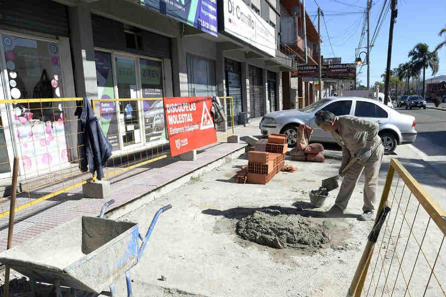Tigre avanza en la construcción de nuevas veredas comerciales