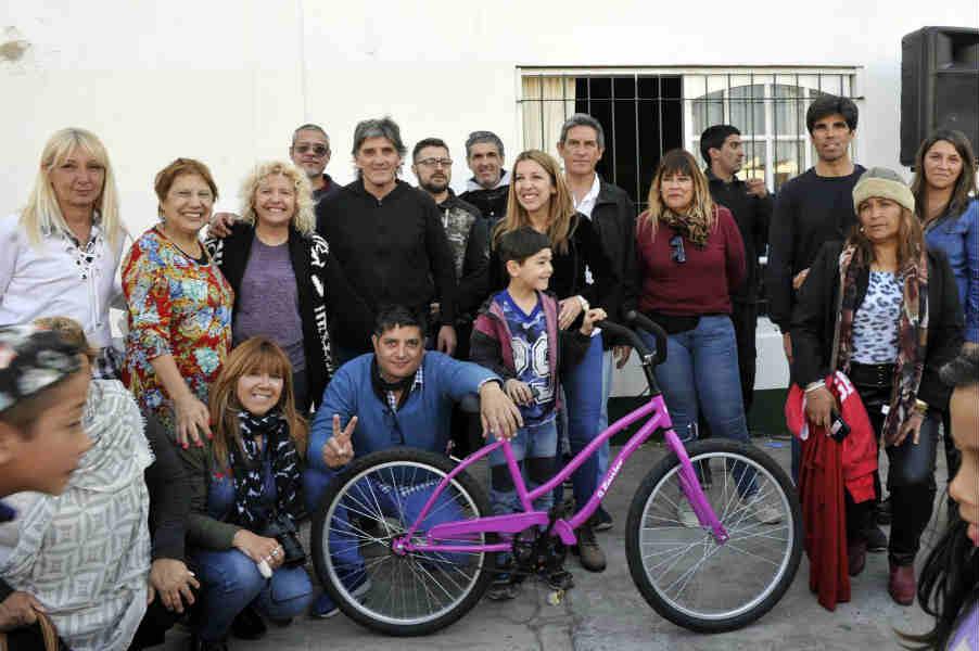 Más de 300 niñas y niños de Rincón de Milberg celebraron su día en el Club Juventud