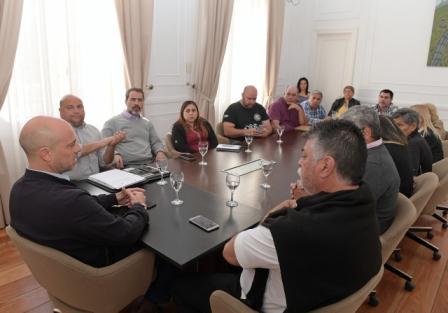 San Fernando acordó con los gremios un nuevo aumento salarial del 15% para los empleados municipales
