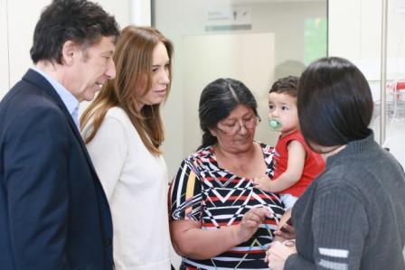 Vidal visitó con Posse el Materno Infantil de San Isidro, recorrió el centro comercial y dialogó con vecinos