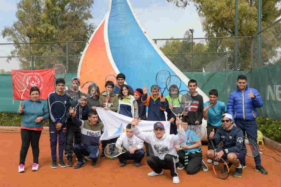 Alumnos de la Escuela de Tenis para Personas con Discapacidad de San Fernando participaron de un Torneo Regional