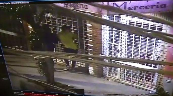 Sorprenden in fraganti a familia delictual cuando robaban óptica en Florencio Varela