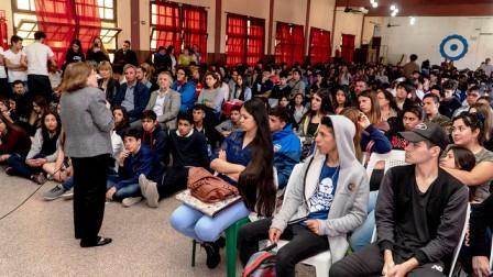 Más de 500 chicos de San Isidro participaron del primer encuentro de educación en valores