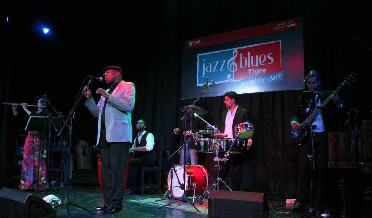 El músico cubano Ibrahim Ferrer Jr. le puso jazz a la noche de Tigre