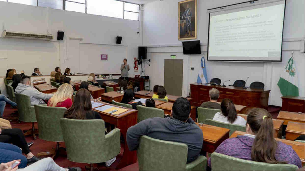 San Isidro capacita en la temática de género a todas las personas que se desempeñen en la función pública