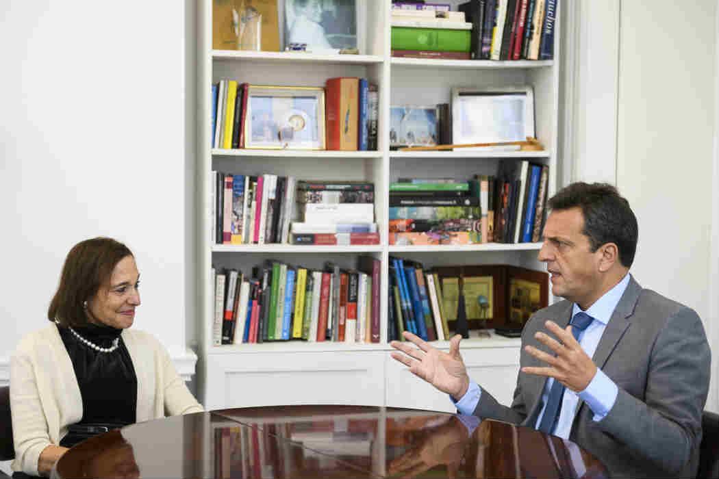 Sergio Massa, mantuvo hoy un encuentro con la presidenta del Council of the Americas, Susan Seagal