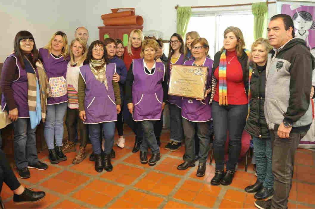 """En Don Torcuato la Casa de la Familia """"Sueños y Esperanzas"""" celebró su 25° aniversario - elcomercioonline.com.ar"""
