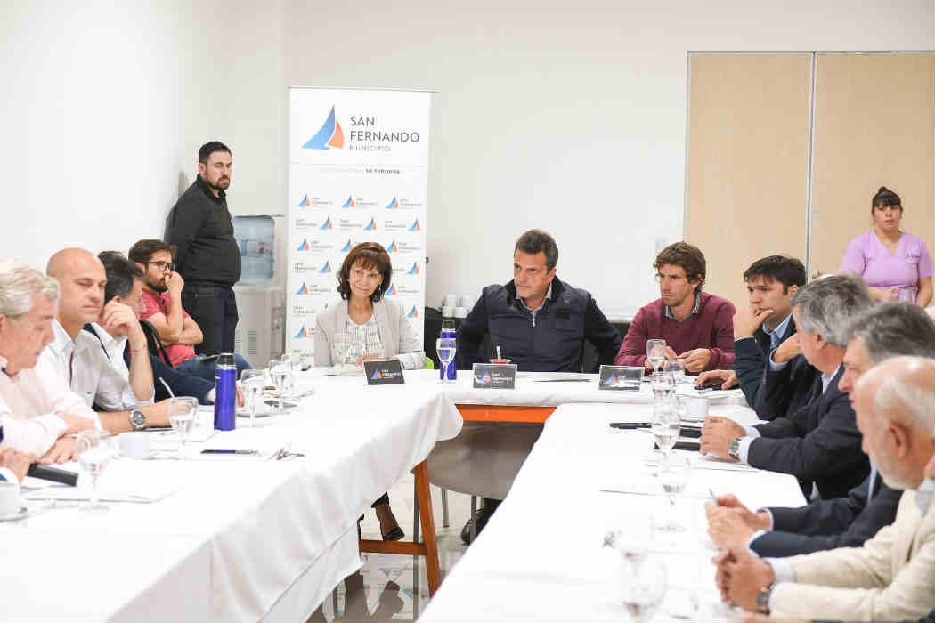Massa, Andreotti y ex técnicos del SENASA dialogaron sobre producción de alimentos y controles de sanidad en la Argentina