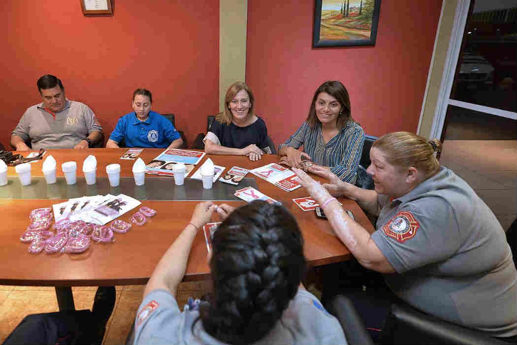 Las bomberas de Benavídez y el municipio de Tigre trabajan en la prevención del cáncer de mama