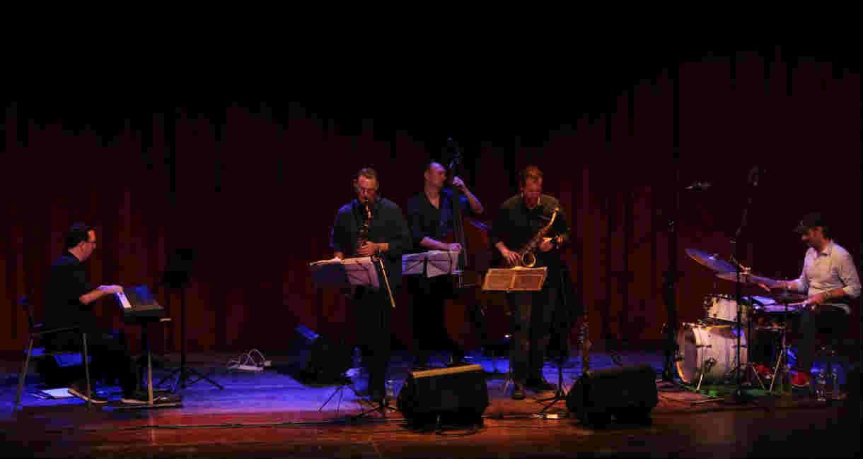 """Con la música de """"Escalandrum"""" culminó en Tigre la 8va edición del ciclo """"Jazz  Blues"""""""