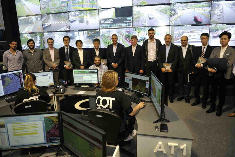 Directivos de la firma internacional NEC visitaron el Centro de Operaciones Tigre