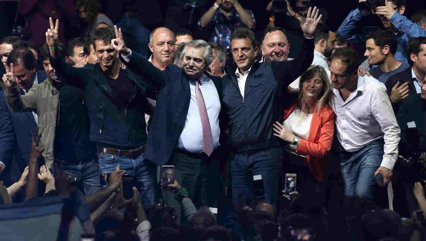 Sergio Massa cerró su campaña junto a Alberto Fernández en Malvinas Argentinas