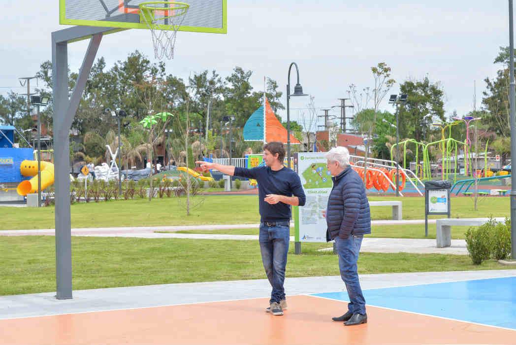 Andreotti recorrió la obra de ampliación del Parque del Bicentenario