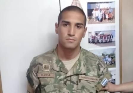 Detuvieron a un falso soldado en una escuela de Escobar