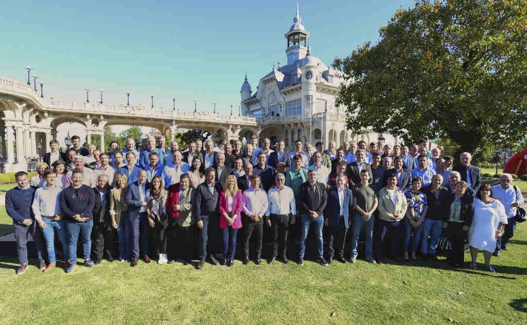 Kicillof se reunió con intendentes peronistas en Tigre