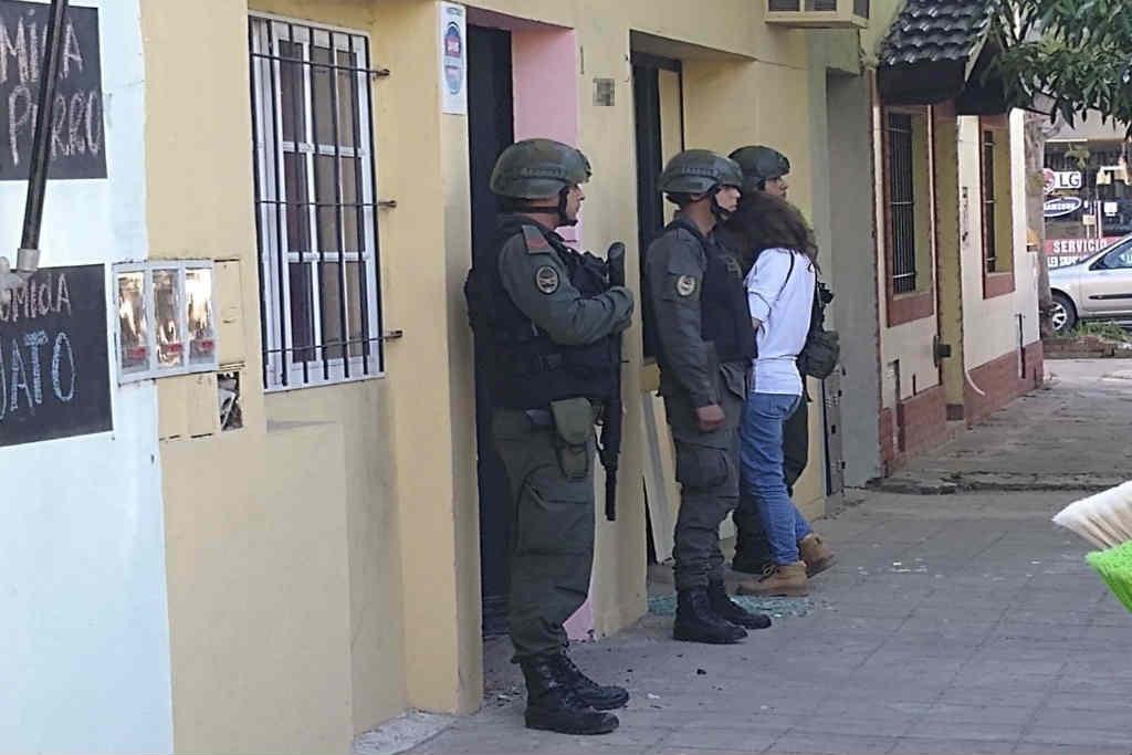 Rescataron en San Miguel a 14 víctimas de explotación sexual y detuvieron a una mujer