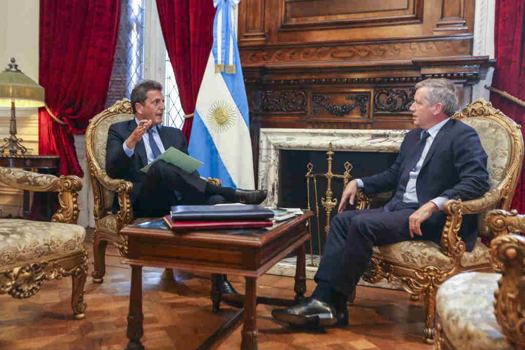 Transición en Diputados: Monzó y Massa acordaron el plan de sesiones hasta enero