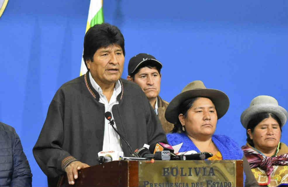"""Evo Morales renunció en un mensaje donde dijo: """"el golpe de estado se ha consumado"""""""