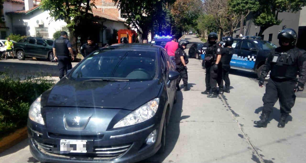 Detienen a Policías truchos en Vicente López