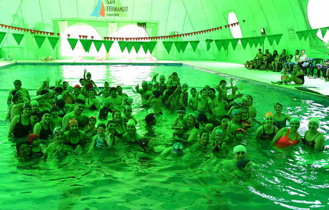 San Fernando celebró un gran encuentro de natación con los más chicos