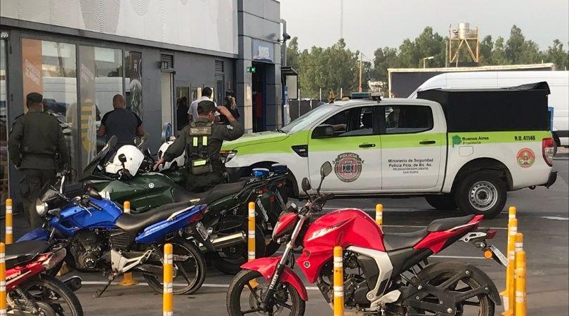 Hallaron un artefacto explosivo en una estación de servicio en la Panamericana