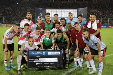 River pasó a Estudiantes (BA) Con dos fallos polémicos
