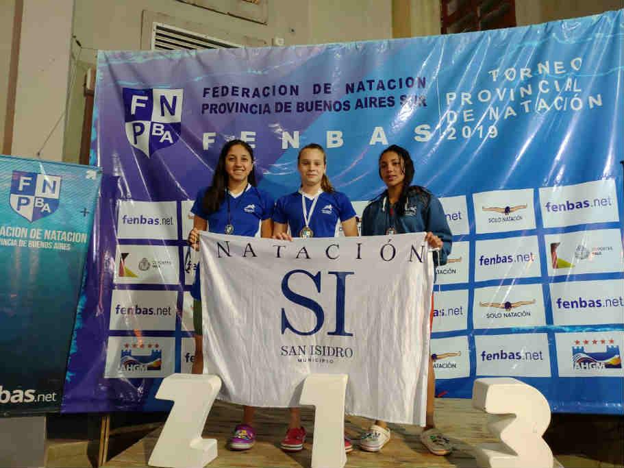 Grandes logros de nadadores sanisidrenses en campeonatos provinciales