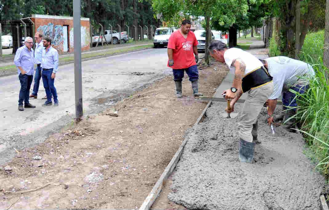 Más de 5.000 vecinos de El Talar, beneficiados con nuevas veredas