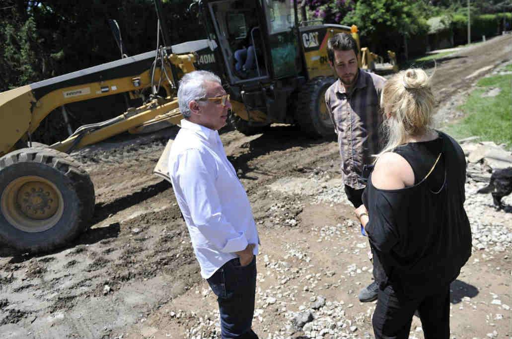 En Benavídez, Tigre construye nuevas veredas y asfaltos