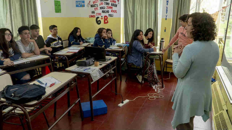San Isidro lanzó un taller para reconocer la violencia en el noviazgo adolescente