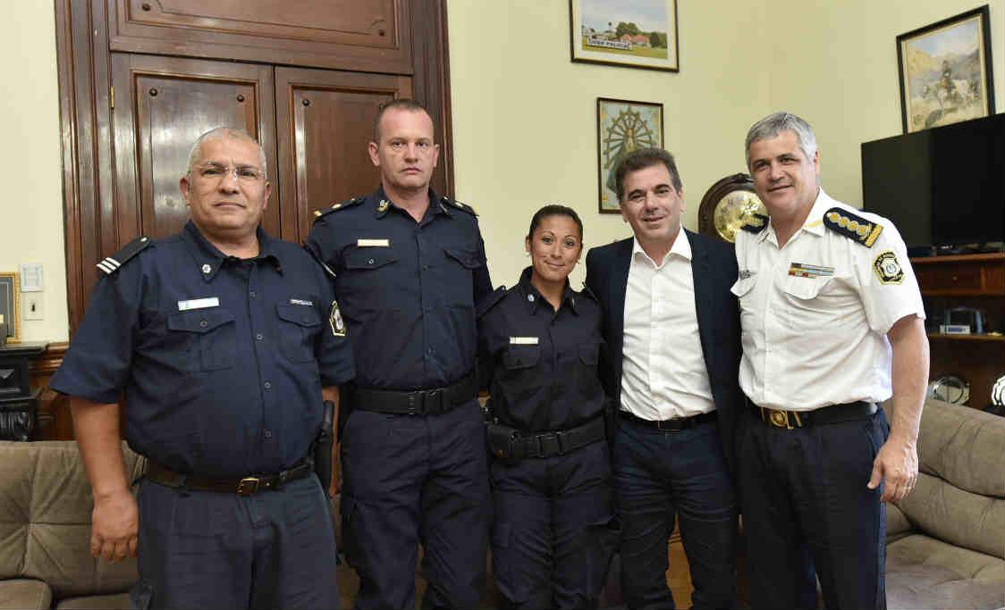Ritondo recibió a la oficial de la policía agredida en San Nicolás que será ascendida