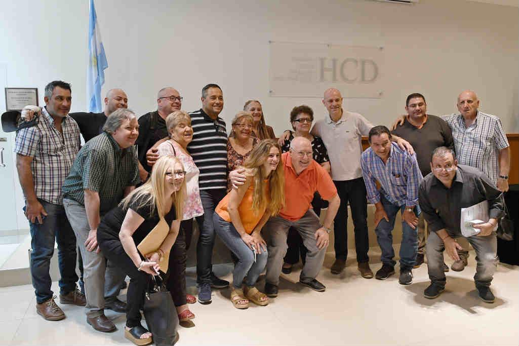 San Fernando entregó nuevas ayudas económicas a centros de jubilados y entidades intermedias