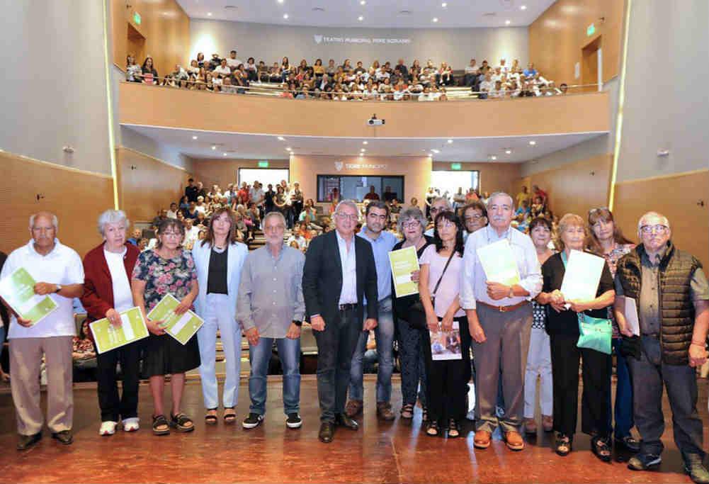Más vecinos de Tigre recibieron sus escrituras
