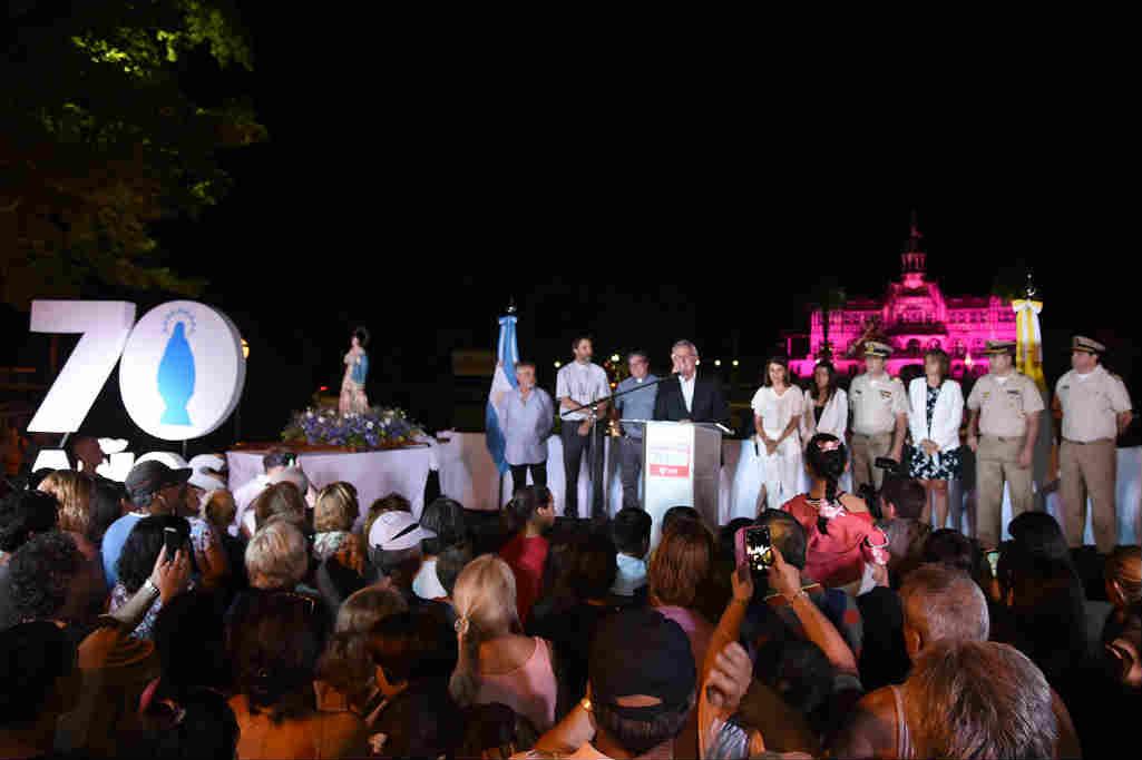 Miles de personas acompañaron al Municipio de Tigre en la celebración por el Día de la Virgen, patrona del distrito, en el 70° aniversario de la Procesión Náutica.