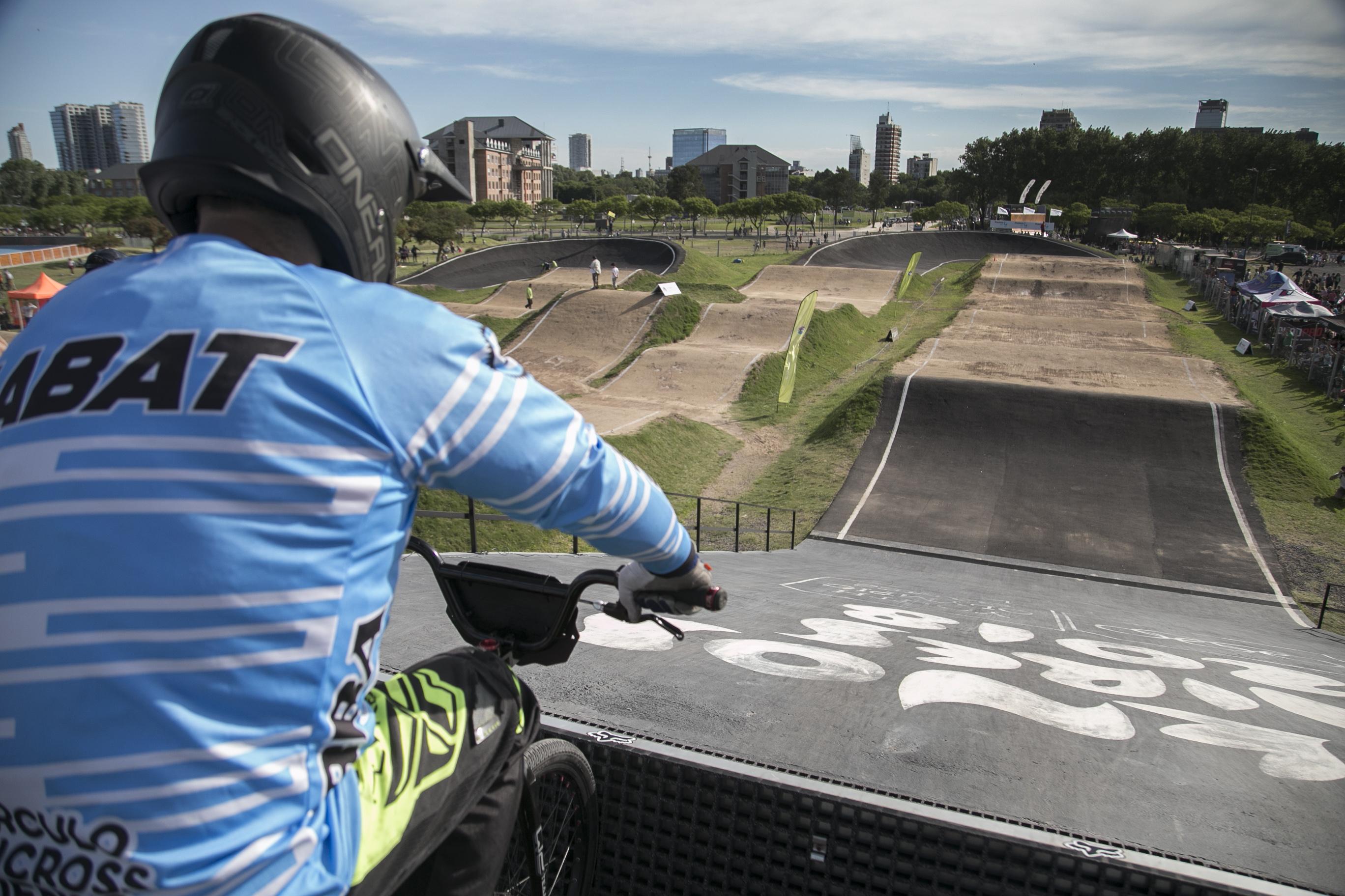 Lanzamiento de la escuela de BMX y Patín en Vicente López