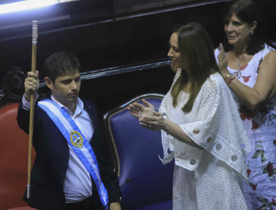 Axel Kicillof asumió como gobernador en la Provincia de Buenos Aires
